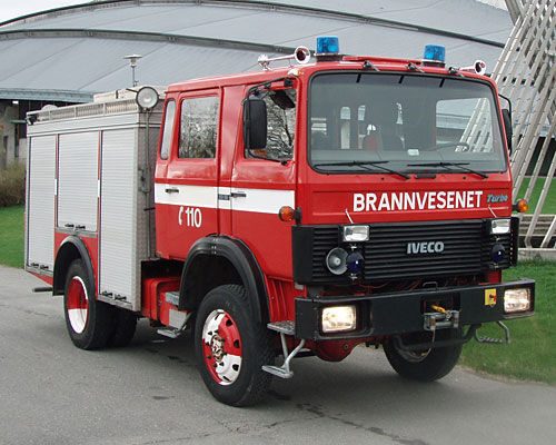 IVECO 80-16 4x4 WD fire truck