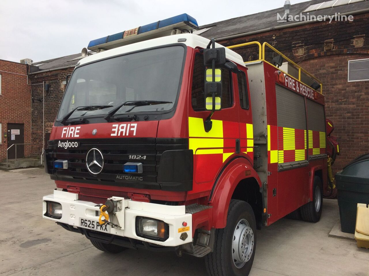 Mercedes benz 1824 4x4 hiab fire trucks for sale fire for Mercedes benz 4x4 truck