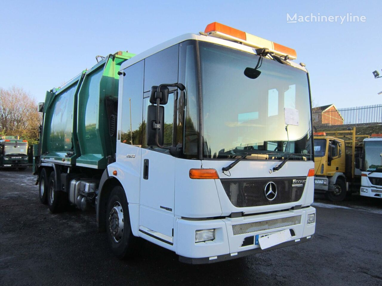 MERCEDES-BENZ ECONIC 2629 BLUETEC EEV 6X4 26TON AUTO REFUSE RECYCLER C/W BIN L garbage truck