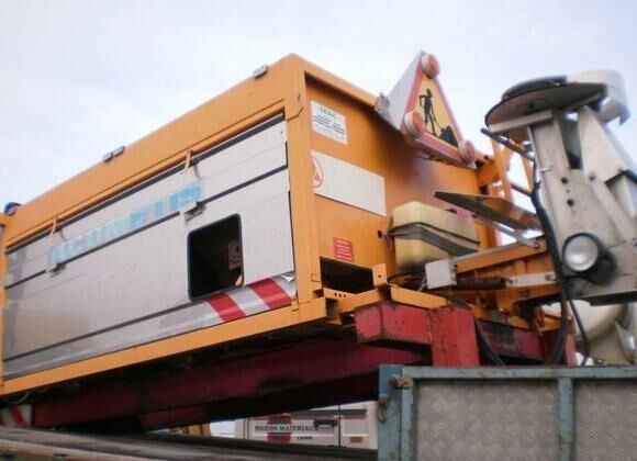 ACOMETIS gritter