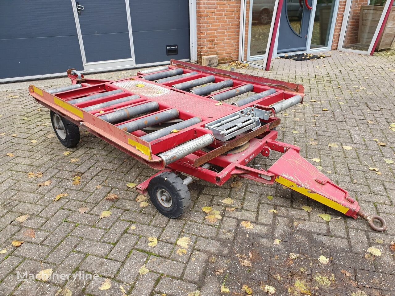 Miloko CPC 5ft container dolly to Municipal vehicles other airport equipment