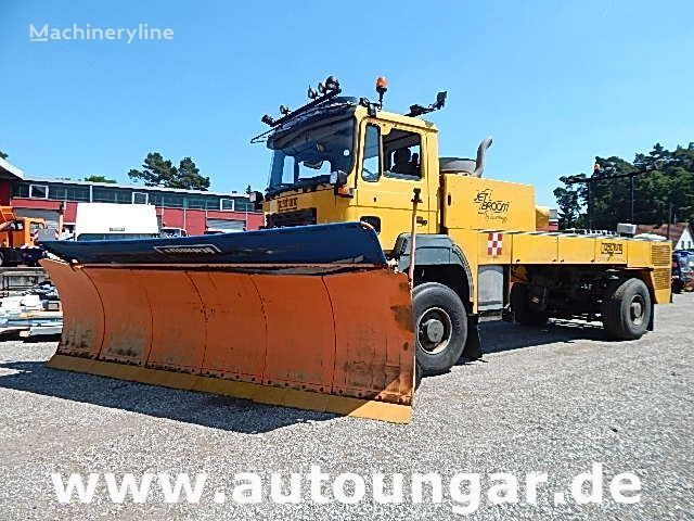 MAN  Boschung BJB 8000 Jetbroom Winterservice Airport Off-Road other municipal vehicles