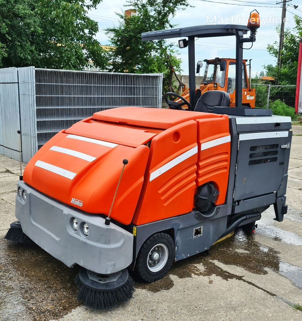 HAKO Hakoma 1800 road sweeper