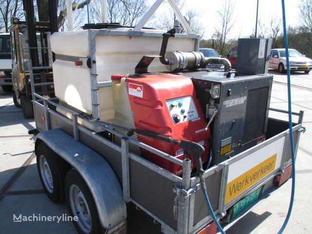 HAPERT K3000 INCL ROM HD UNIT, Stoomcleaner Diesel road sweeper