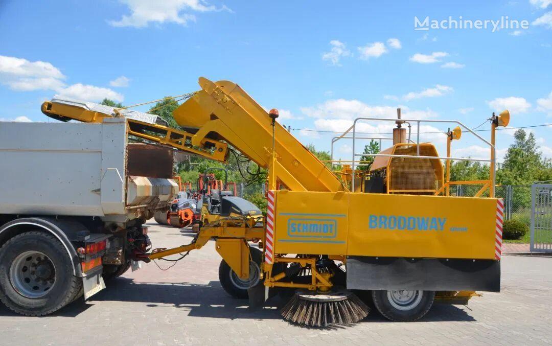 SCHMIDT BRODDWAY HD road sweeper