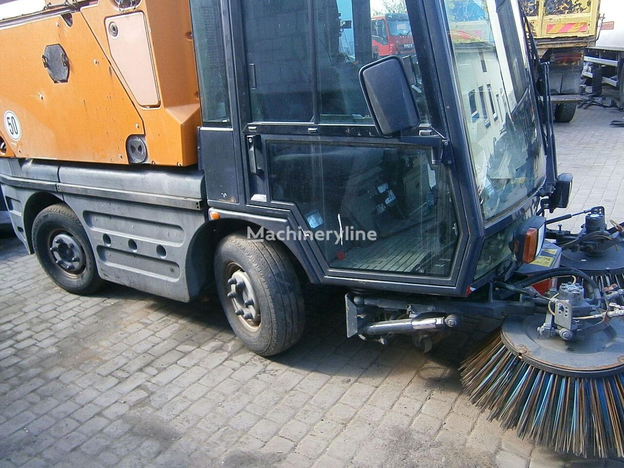 SCHMIDT Swingo Compact 200 road sweeper