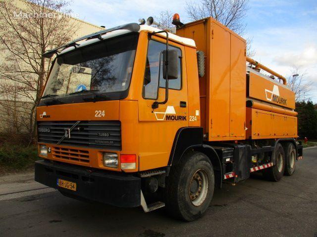 TERBERG FL1450 vacuum truck