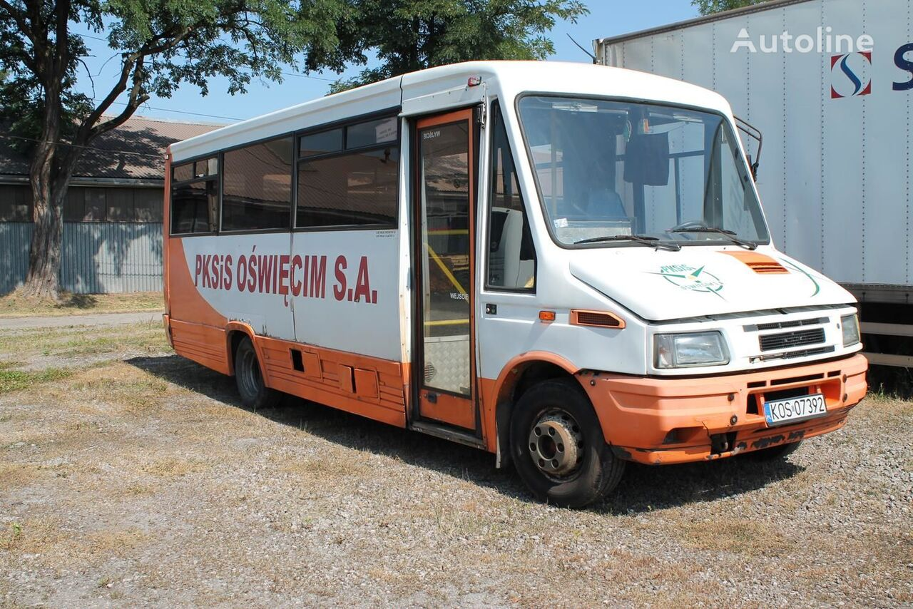 Topnotch IVECO Daily school buses for sale, school coach from Poland, buy HP63