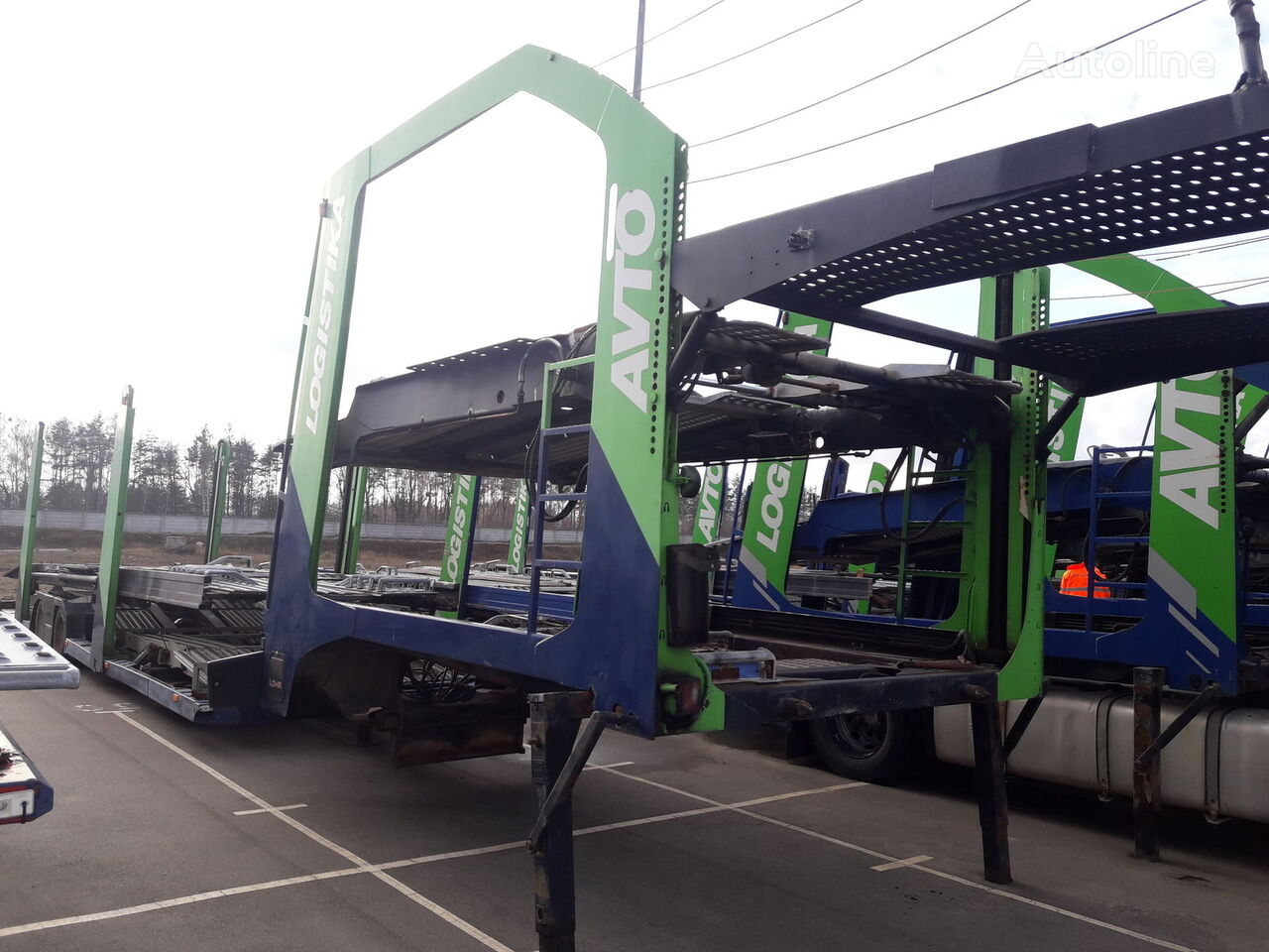 LOHR Eurolohr 1.23 E car transporter semi-trailer