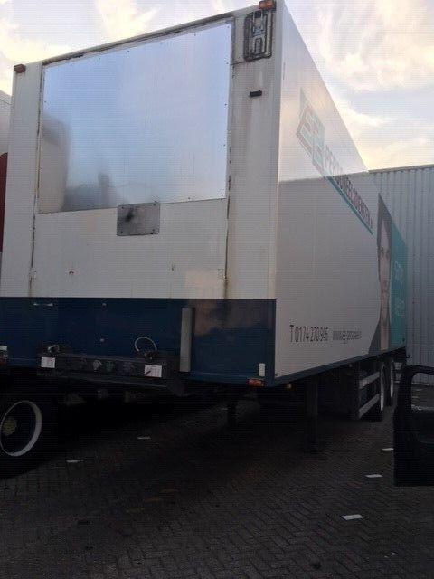 GROENEWEGEN closed box semi-trailer