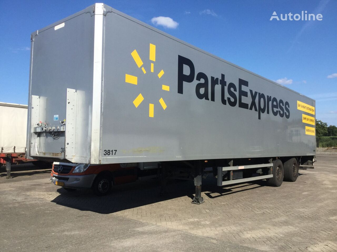 GROENEWEGEN Dro-14-18 b closed box semi-trailer