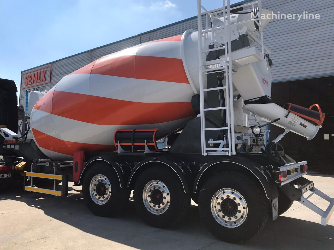 new SEMIX SM TRM 12 concrete mixer semi-trailer