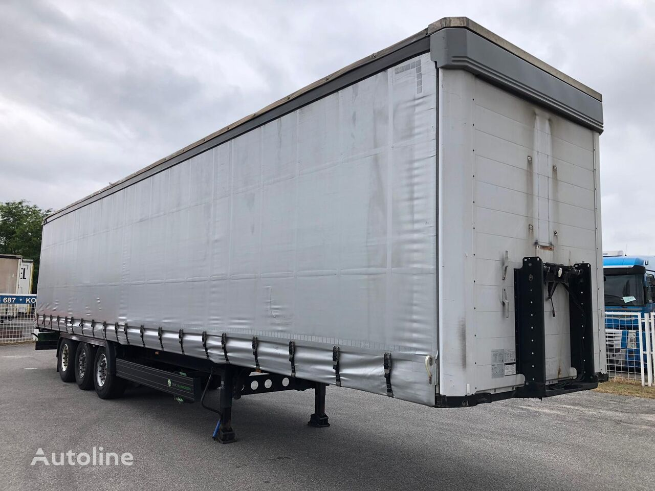CIMC  Silvergreen SG0 3 curtain side semi-trailer