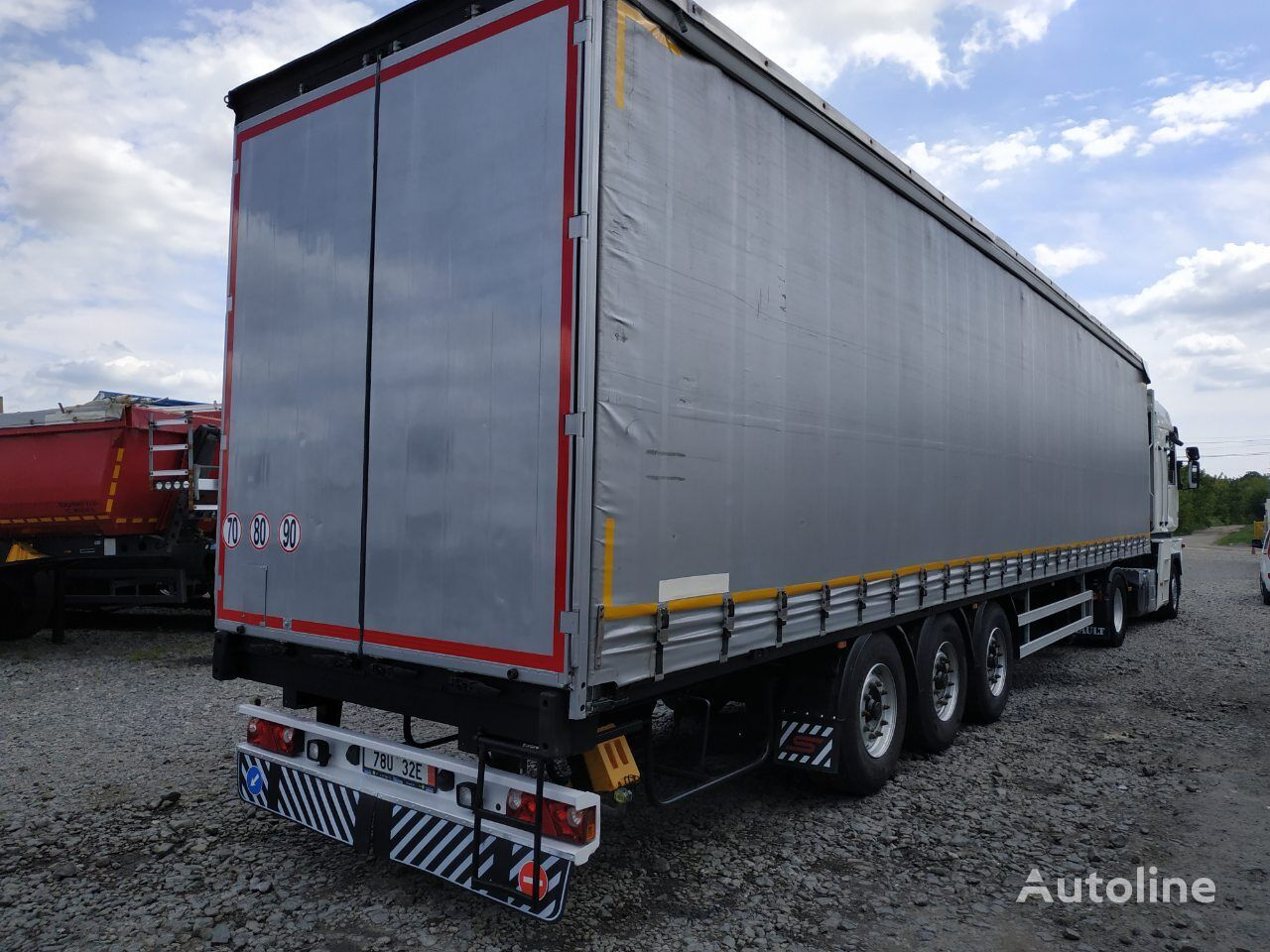 SCHWARZMÜLLER curtain side semi-trailer