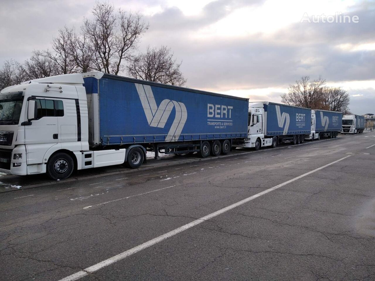 Schmitz SCS 24/L13.62BS EB curtain side semi-trailer