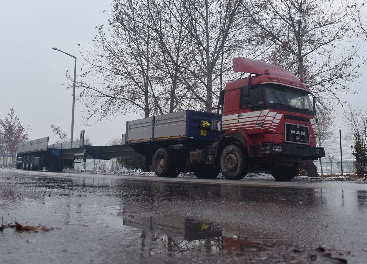 new VARZ NPM 2815 flatbed semi-trailer