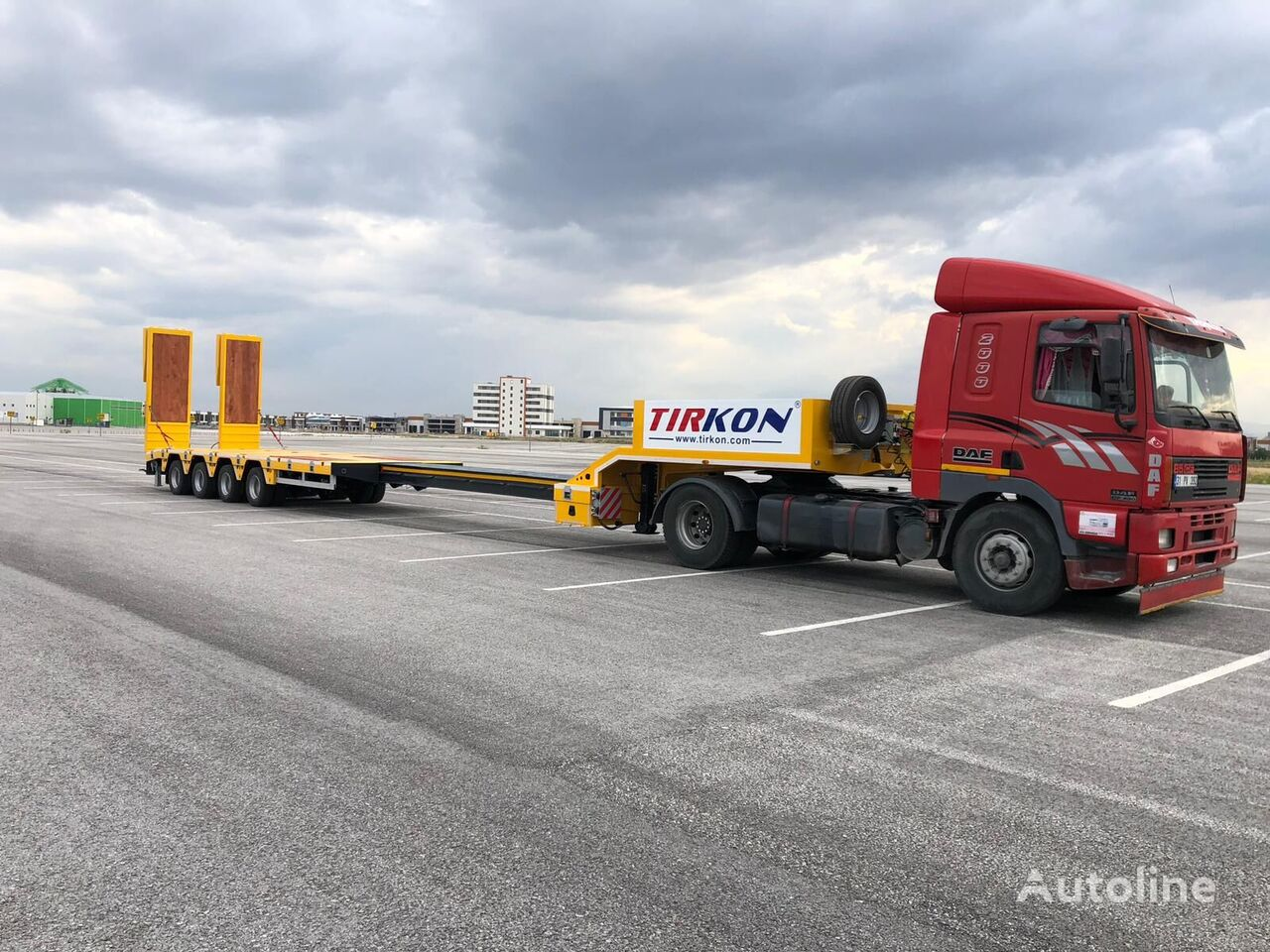 new TIRKON  2021 NEW MODEL 4 AXLE EXTANDABLE LOWBED WITH STEERING AXLE low bed semi-trailer