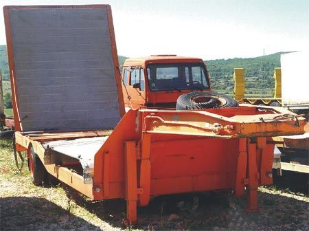 DRAIZE SR8RO15 low bed semi-trailer