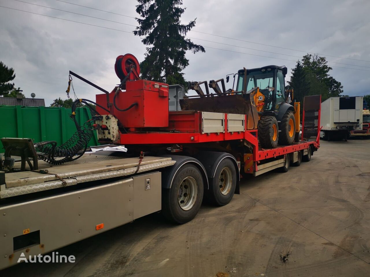 Damm 2008 3axle with ramp and tank low bed semi-trailer