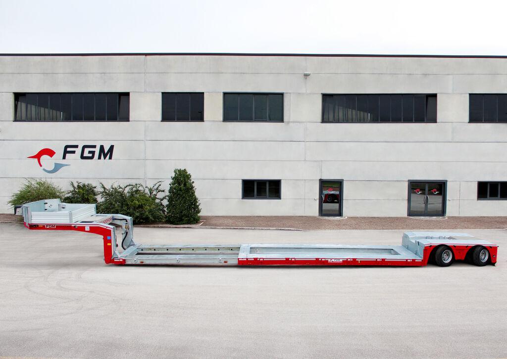 new FGM 35 AF low bed semi-trailer