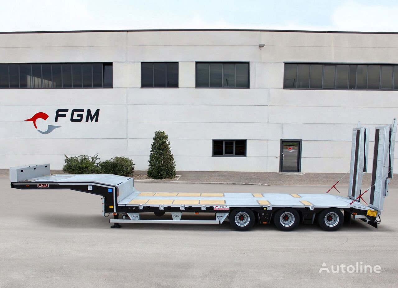 new FGM 49  low bed semi-trailer