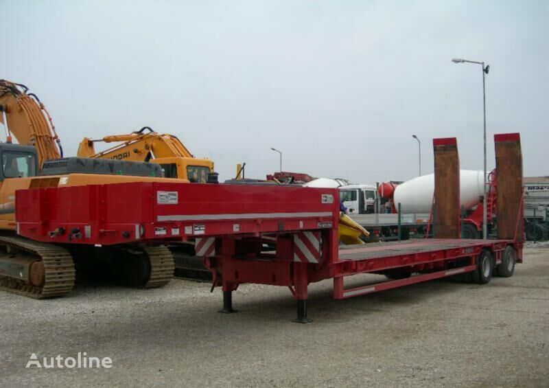 GOLDHOFER STZ-L2 low bed semi-trailer