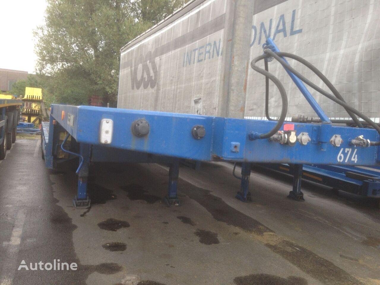 GOLDHOFER STZ-L4 low bed semi-trailer