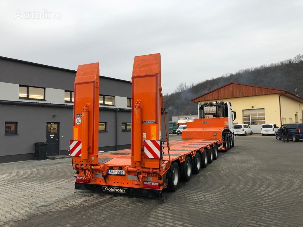 GOLDHOFER STZ.L6 A low bed semi-trailer