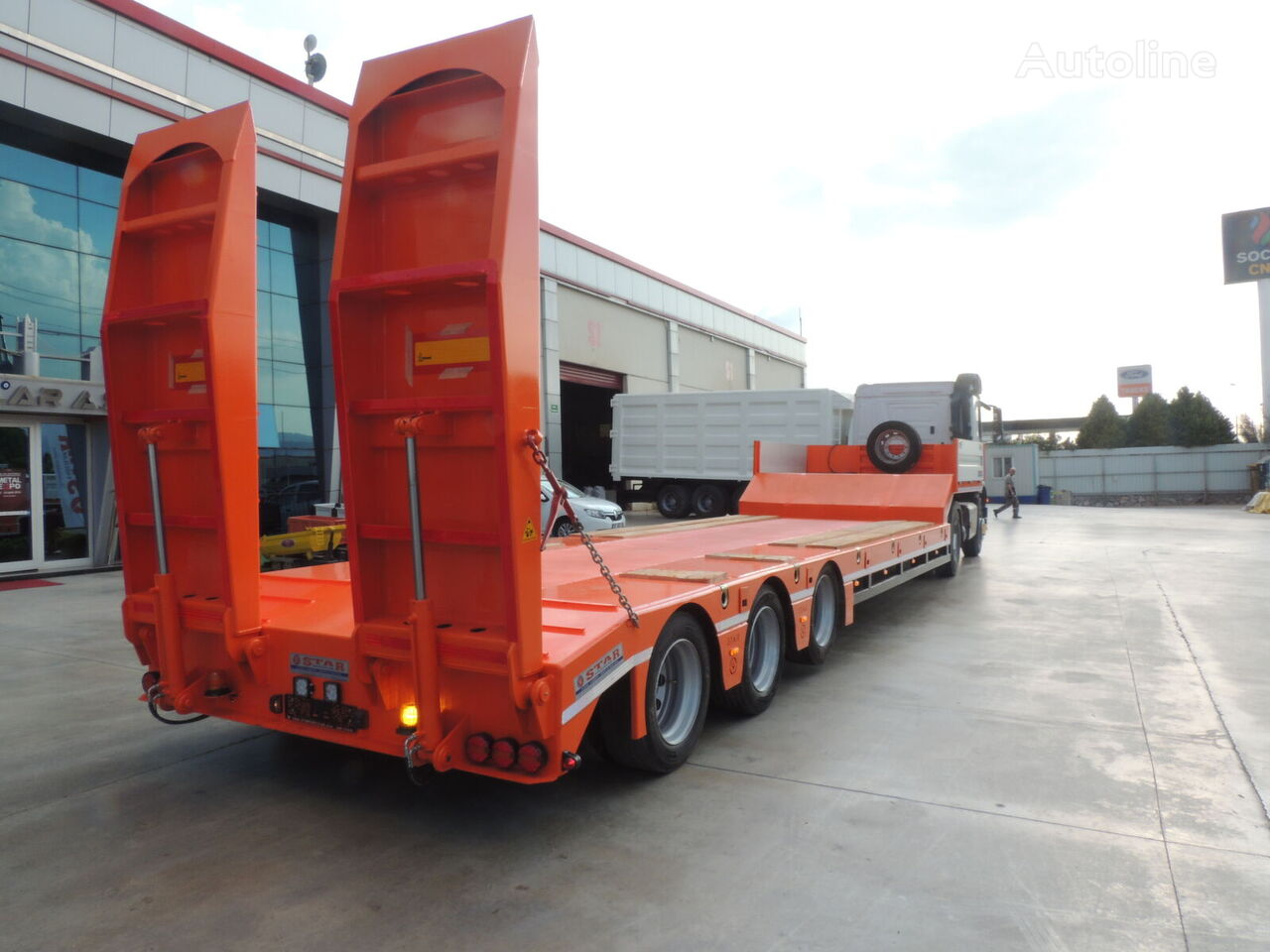 new STAR TRAILER SAF low bed semi-trailer