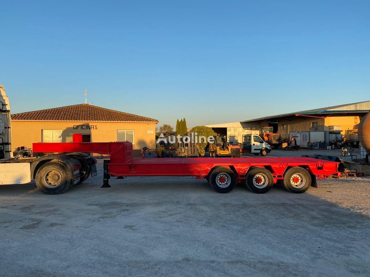 TRABOSA GM0-513 low bed semi-trailer
