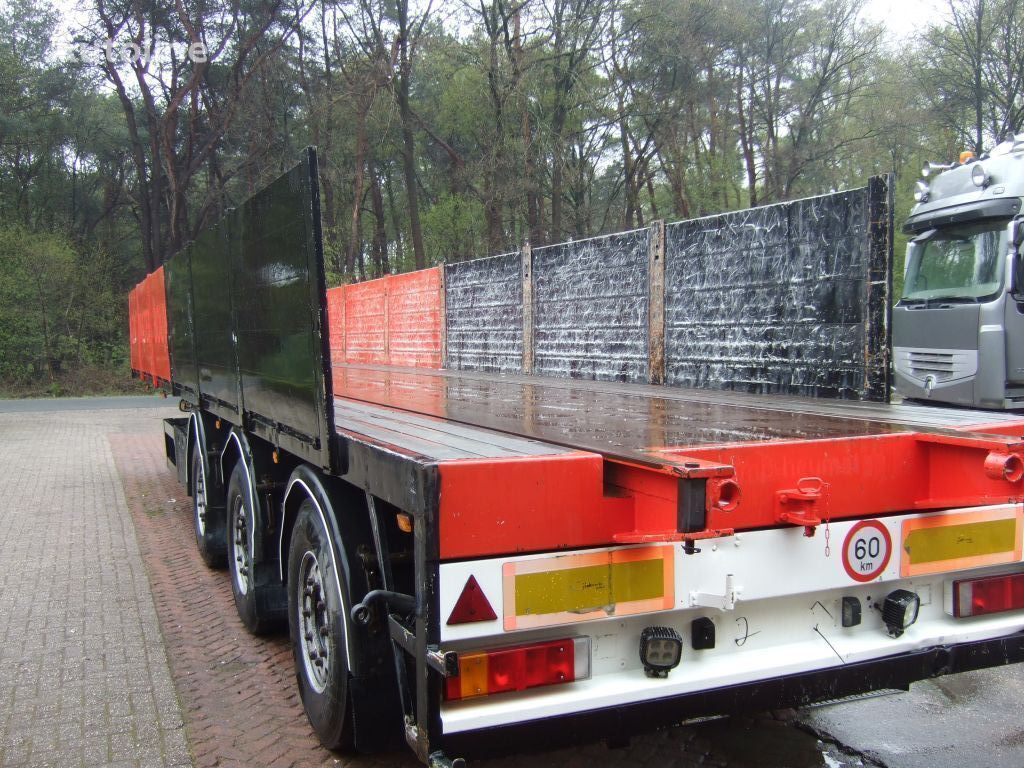 KWB kraanoplegger platform semi-trailer