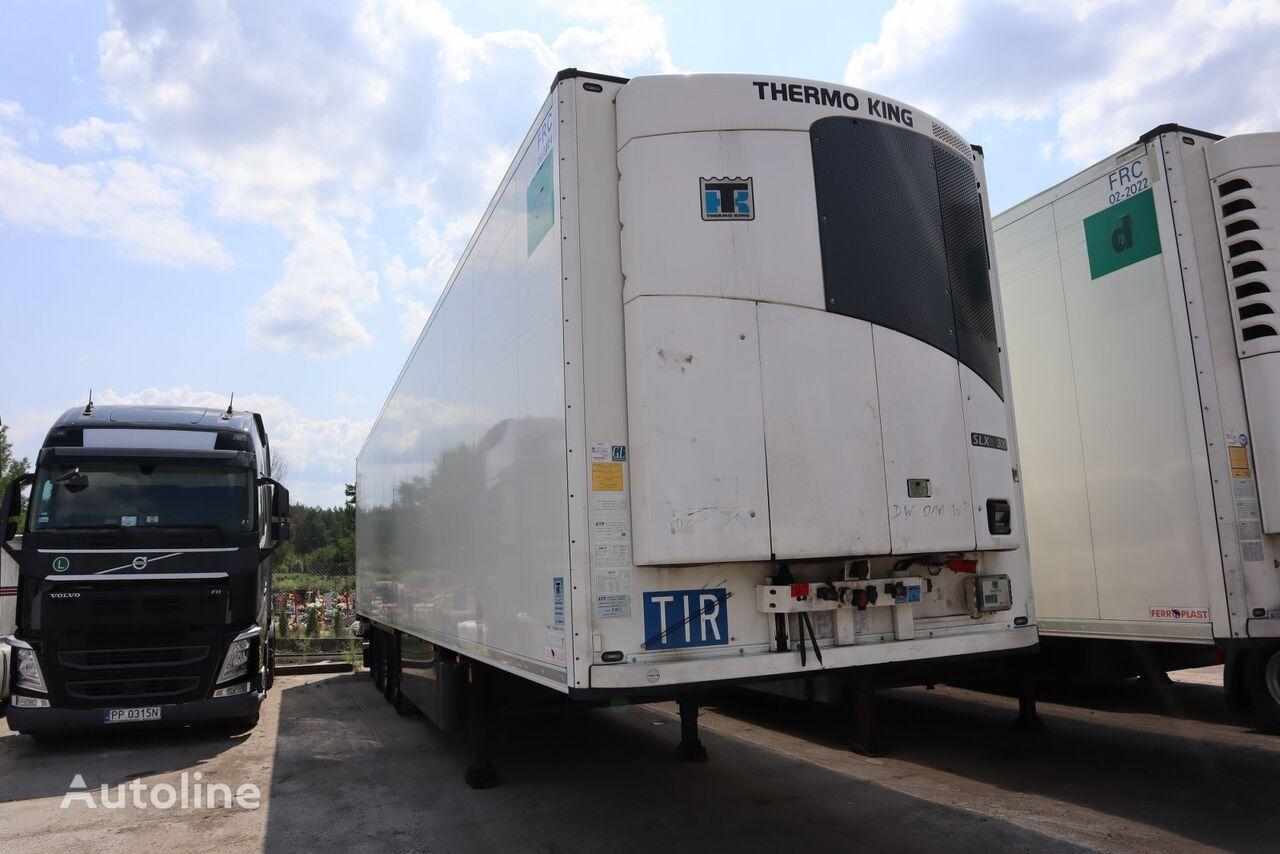 SCHMITZ CARGOBULL . refrigerated semi-trailer