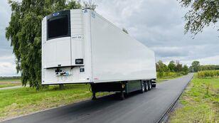 SCHMITZ CARGOBULL SCB*S3B refrigerated semi-trailer