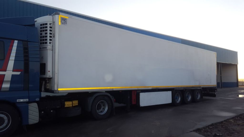 KRONE SDR 27 refrigerated semi-trailer