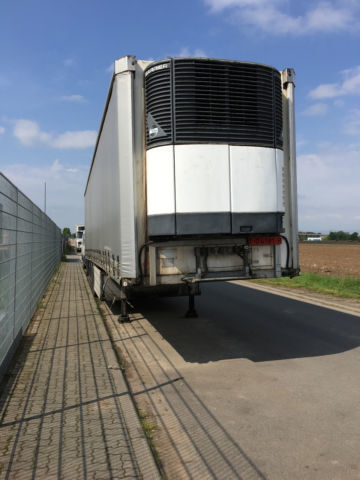 LECI TRAILER kühler mit plane refrigerated semi-trailer