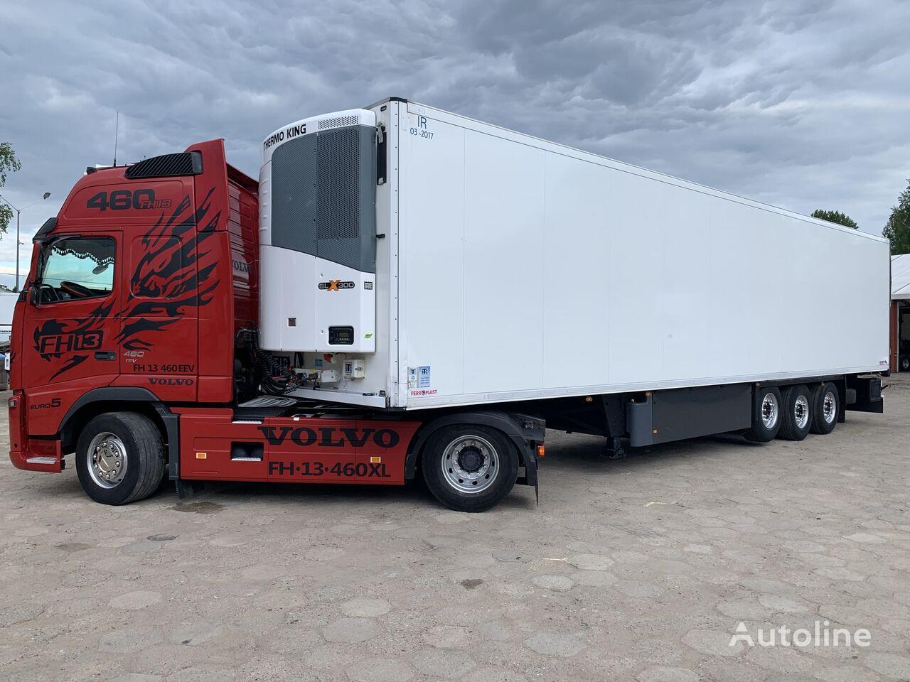 SCHMITZ CARGOBULL SKO 24 / THERMO KING SLX300 / ŚCIANA 7 CM / 4 ZAMKI !! refrigerated semi-trailer