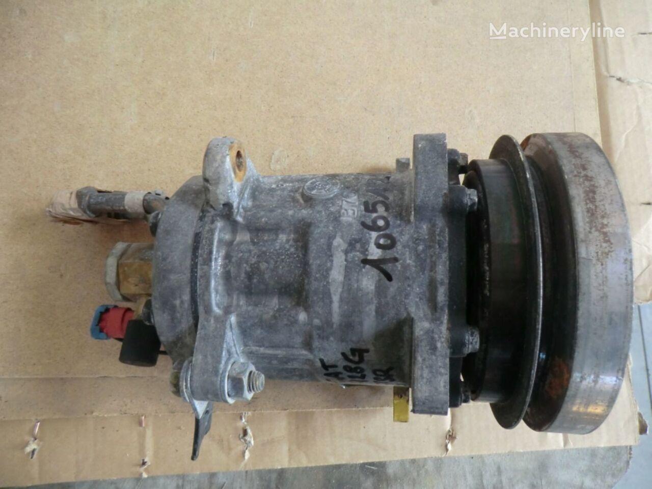 7SR01935 AC compressor for Caterpillar 928G  wheel loader