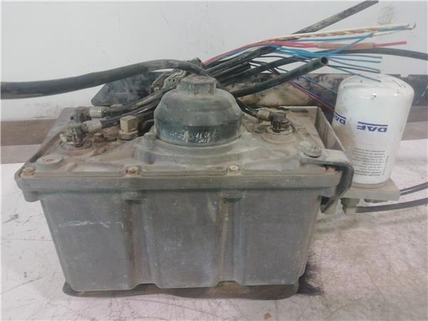 Deposito Adblue DAF Serie XF105.XXX Fg 4x2 [12,9 Ltr. - 340 kW D AdBlue tank for DAF Serie XF105.XXX Fg 4x2 [12,9 Ltr. - 340 kW Diesel] tractor unit