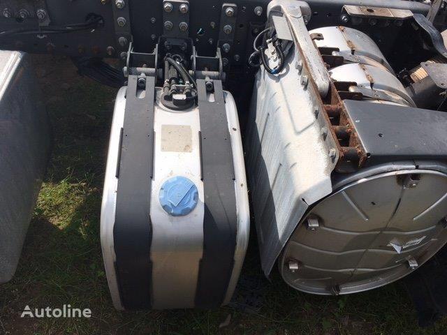 Abgasanlage / Rußpartikelfilter / AdBlue-Anlage AdBlue tank for RENAULT Premium truck