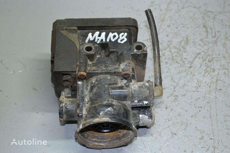 KNORR-BREMSE K000913 EBS modulator for MAN TGS (2007-) truck