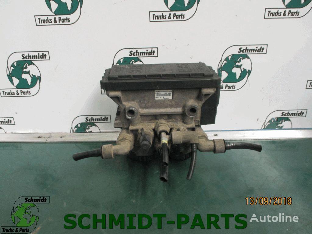 RENAULT (7420828241) EBS modulator for RENAULT Premium tractor unit