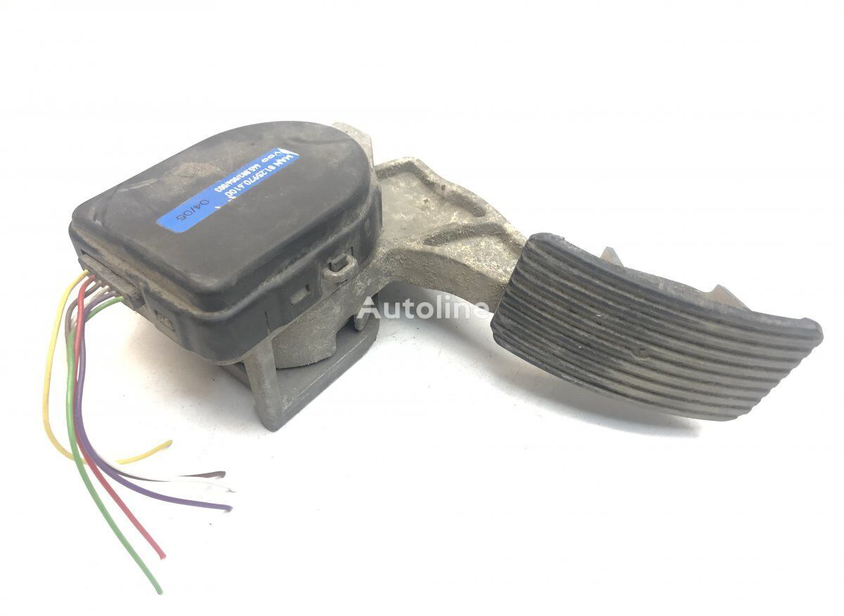 MAN Accelerator Pedal with Position Sensor accelerator pedal for MAN TGA (2000-2008) tractor unit