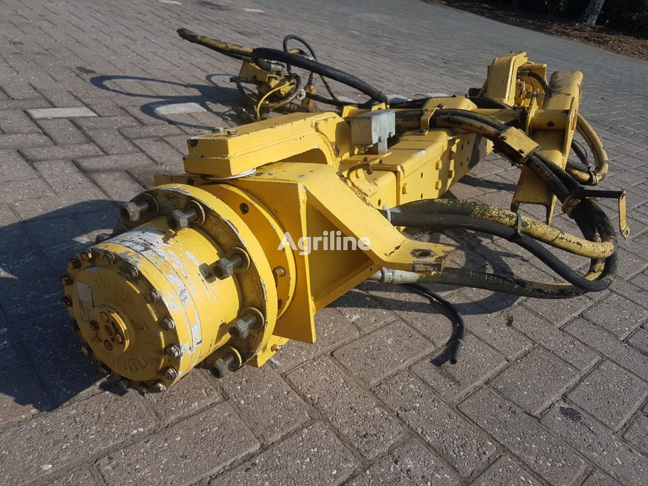 4 wd Achteras 05 axle for grain harvester