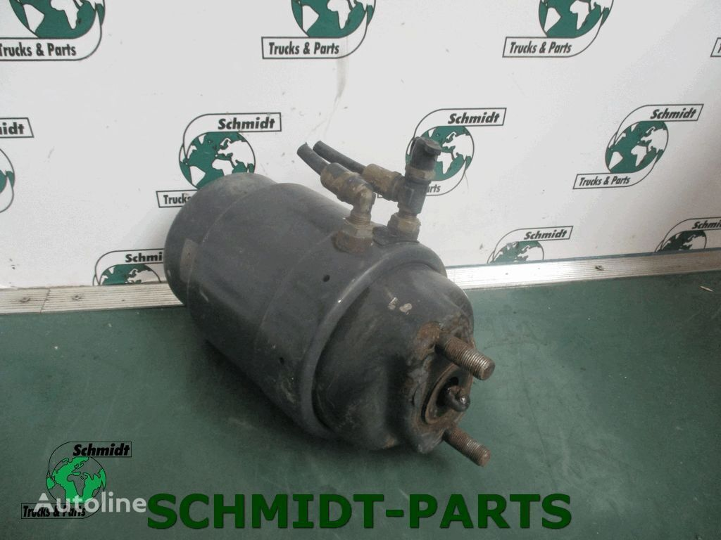 IVECO Rembooster (41285071) brake accumulator for truck