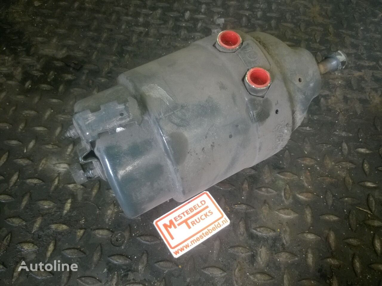 MERCEDES-BENZ brake drum for MERCEDES-BENZ Rembooster rechtsachter tractor unit