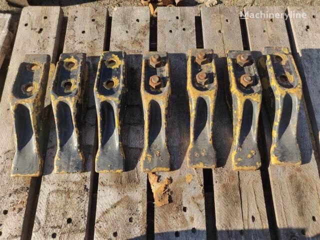 skovltænder bucket tooth for MASSEY FERGUSON backhoe loader