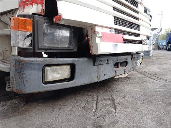 Paragolpes Delantero Scania Serie 3 (P/R 113-360 IC Euro1)(1988- (1303318) bumper for SCANIA Serie 3 (P/R 113-360 IC Euro1)(1988->) FSA 3600 / 17-18.0 / MA 4X2 [11,0 Ltr. - 266 kW Diesel] tractor unit