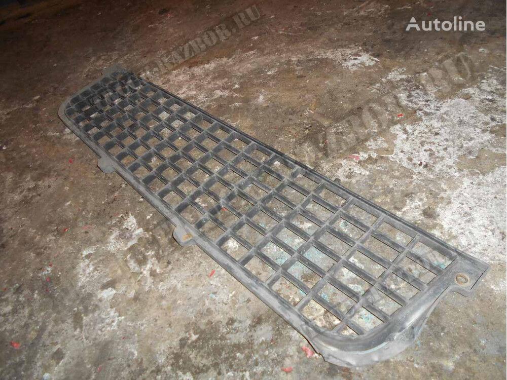 RENAULT reshetka a (5010578348) bumper for tractor unit