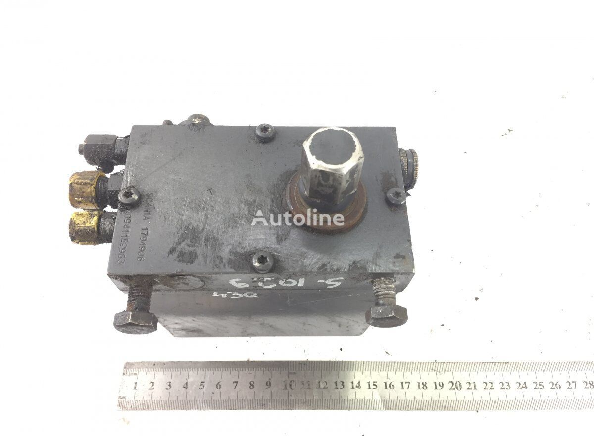 SCANIA R-series (01.04-) (1794906) cab lift pump for SCANIA P G R T-series (2004-) tractor unit