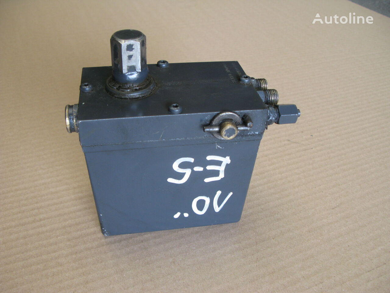 SCANIA cab lift pump for SCANIA R tractor unit